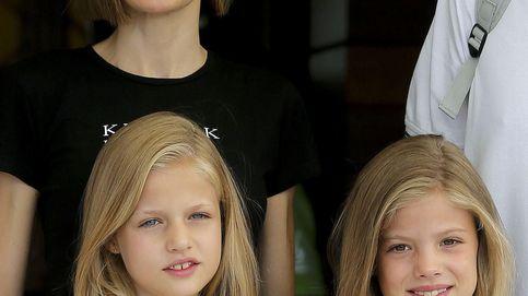 La reina Letizia y sus hijas, 'pilladas' en el aeropuerto de Estambul