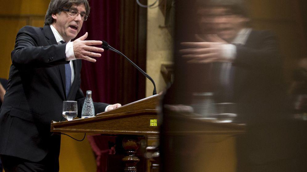 Foto: Carles Puigdemont, durante el pleno del debate de política general. (EFE)