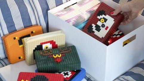 Bolsos hechos con piezas de Lego