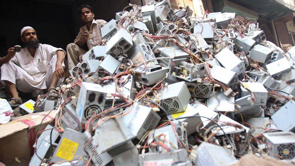 Foto: Residuos electrónicos en La India. (EFE)