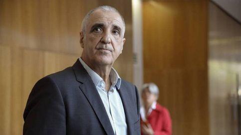 Dos años y medio de cárcel para el 'rey del carbón' por destruir una cueva