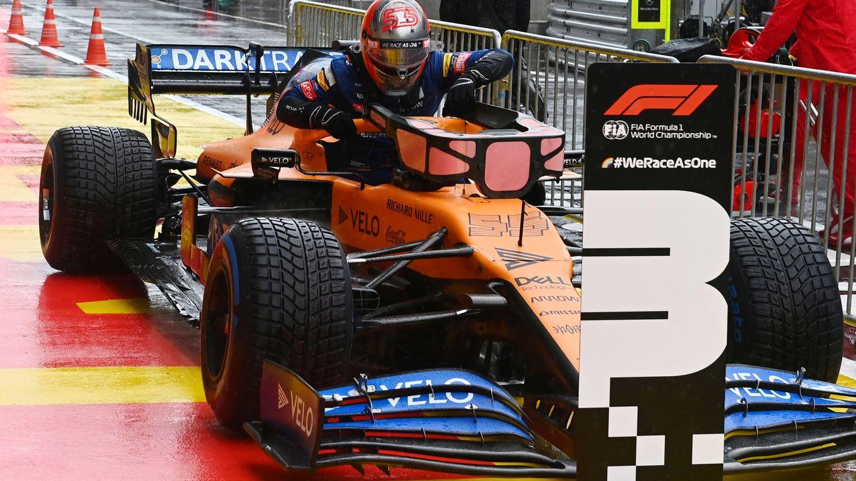 Foto: En su última vuelta del Q3 Carlos Sainz consiguió mejorar sus cronos para terminar tercero. (Reuters)