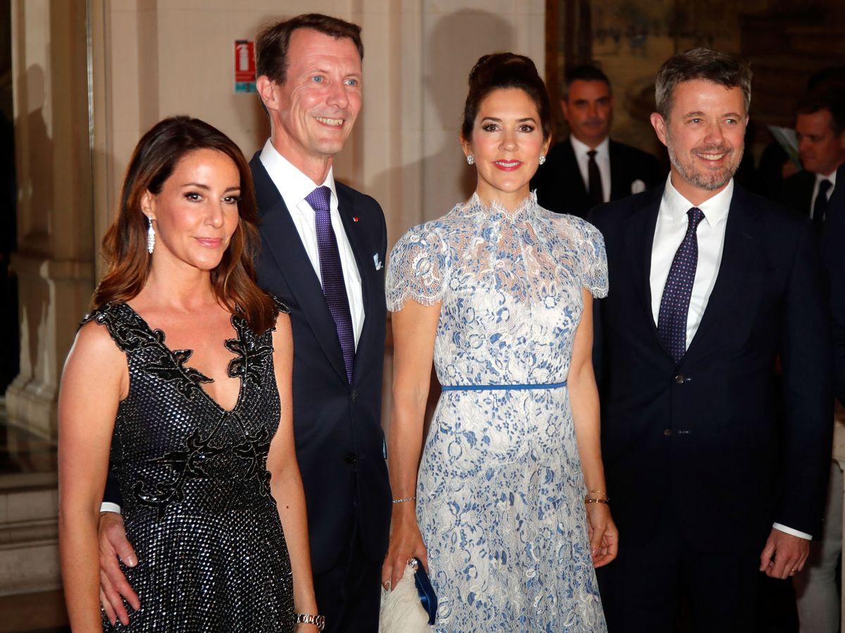 Foto: Federico y Mary de Dinamarca junto a Joaquín y Marie. (REUTERS)