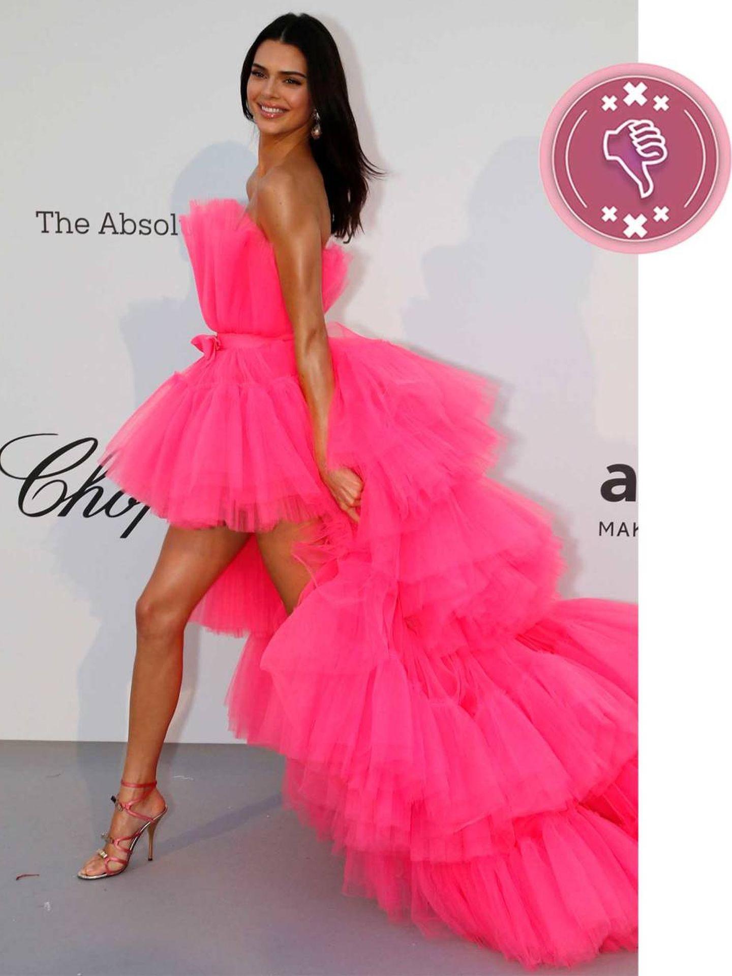 Kendall Jenner con un vestido de Giambattista Valli. (Reuters)