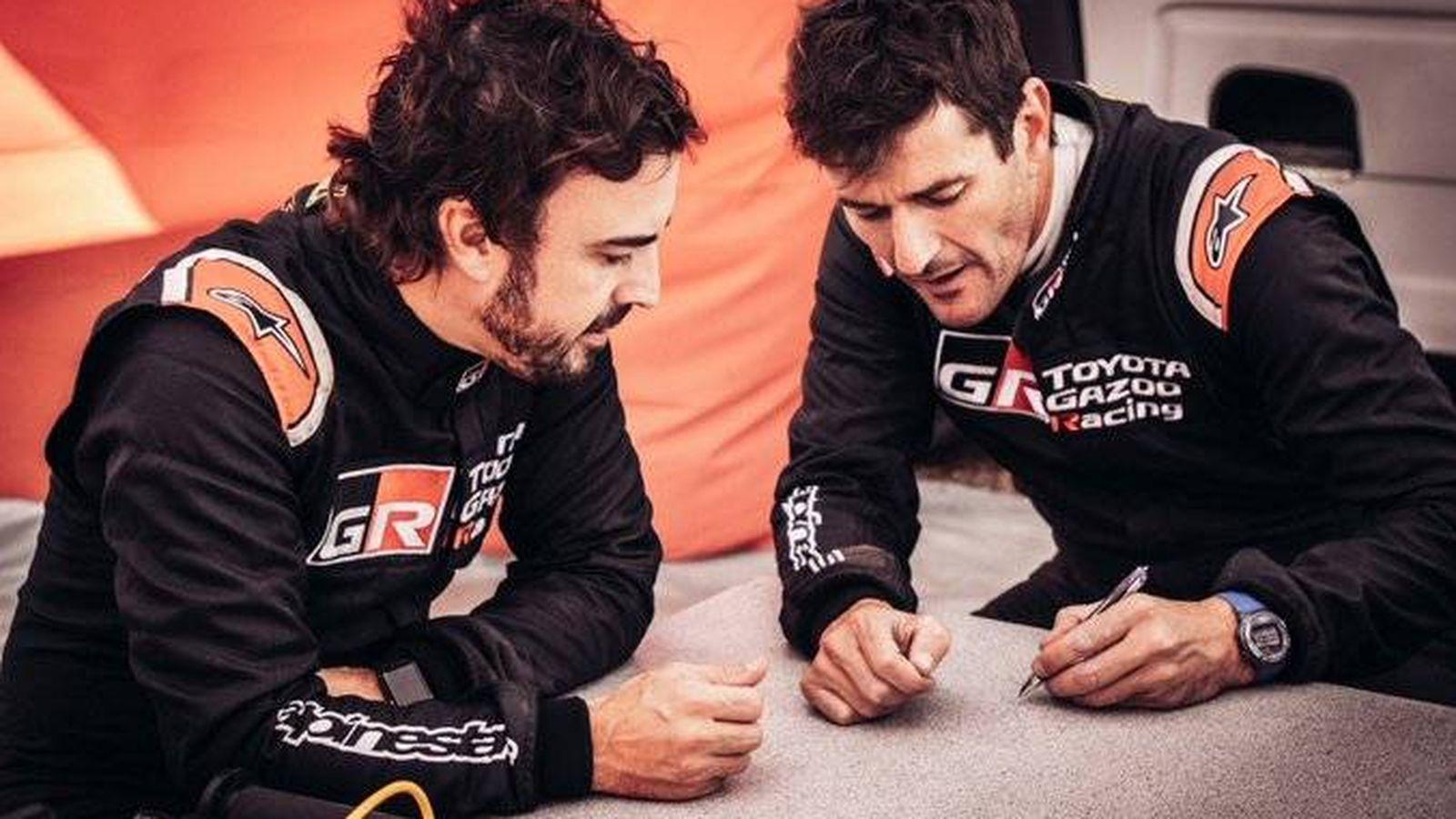Foto: Fernando Alonso y Marc Coma debutan este fin de semana en el Rallie de Marruecos con Toyota. (TOYOTA)