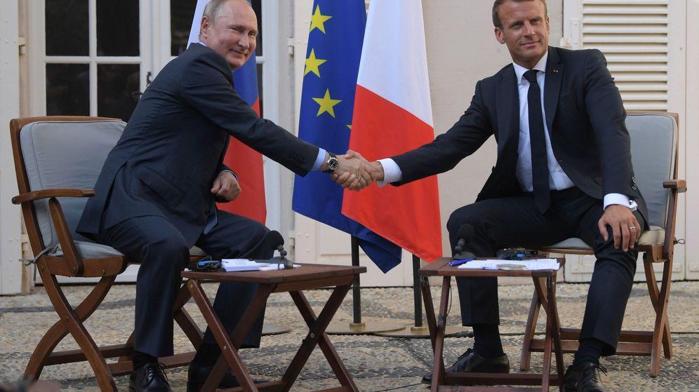 Foto: Vladimir Putin y Emmanuel Macron. (Reuters)