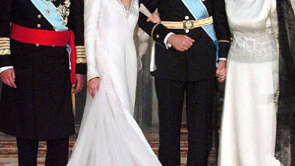 Pertegaz y Rabanne, a la greña por el traje nupcial de la Princesa