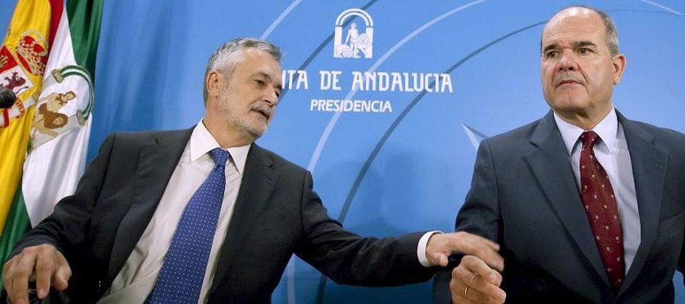 Foto: José Antonio Griñán y Manuel Chaves. (EFE)