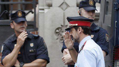 Policía Nacional, Guardia Civil y Mossos, en la Delegación del Gobierno