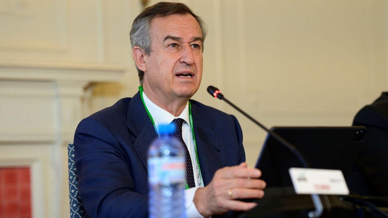 El CEO de Banco Sabadell, César González-Bueno, en unas jornadas de la APIE. (EFE)
