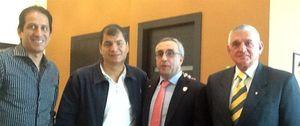 Foto: Blanco obtiene de Correa el compromiso de solucionar el conflicto entre federaciones