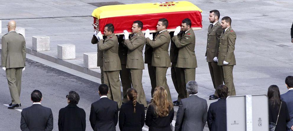 Foto: Los restos de Adolfo Suárez (Efe)