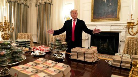 Trump invita a cenar en la Casa Blanca a un equipo de fútbol: mil hamburguesas