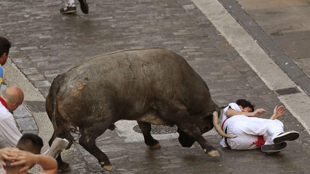 Tercer encierro de Sanfermines: largo y peligroso con un toro rezagado