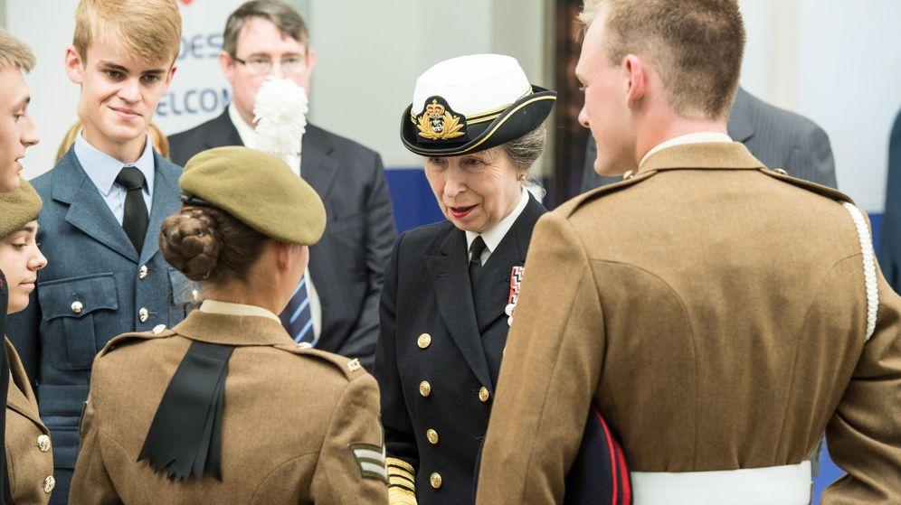 Foto: Las mujeres ganarán peso en el ejército británico (EFE/MOD: Rebecca Brown)