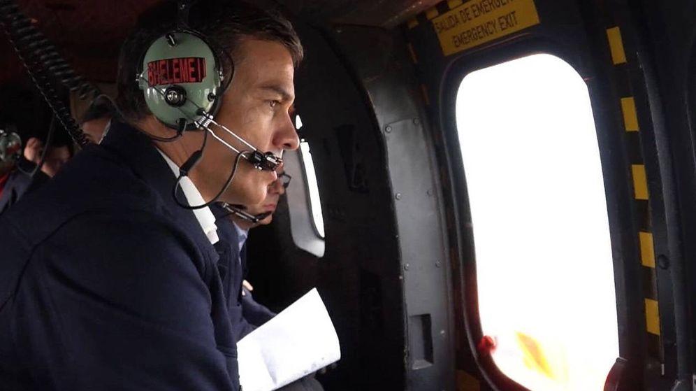 Foto: Sánchez, sobrevolando las zonas de la Vega Baja afectadas por la DANA en septiembre
