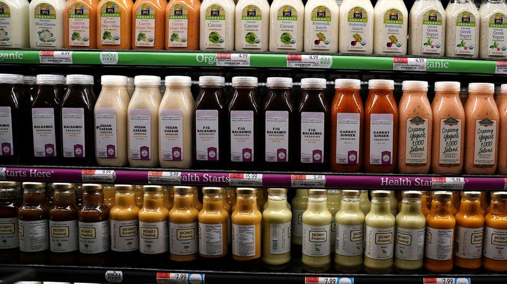 Foto: Lineal de zumos en una tienda de Whole Foods Market en Manhattan, Nueva York. (Reuters)
