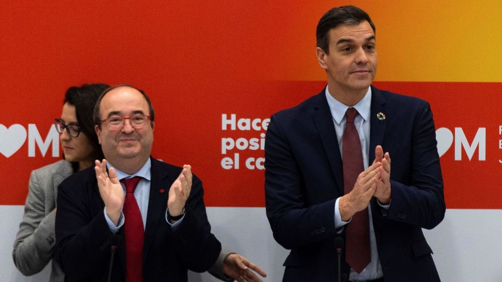 Foto: El presidente del Gobierno, Pedro Sánchez (d), junto al secretario general del PSC, Miquel Iceta. (EFE)