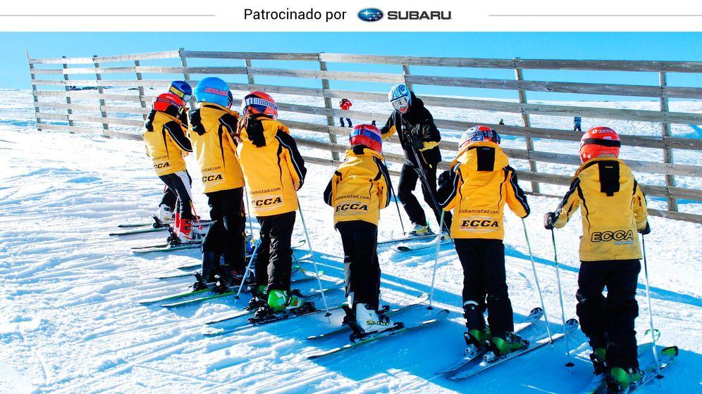 Foto: Los miembros de un equipo de esquí, durante un entrenamiento