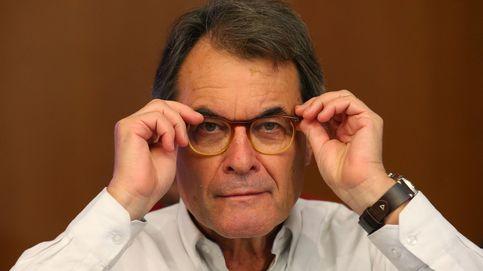 Mas cuenta con una legislatura corta y ya maniobra para volver a la Generalitat