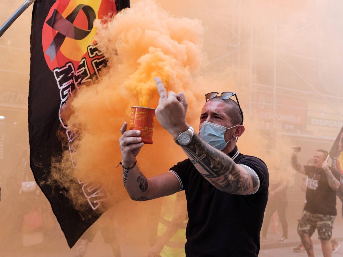 Foto: Manifestación neonazi en Chueca y el centro de Madrid. (Sergio Beleña)