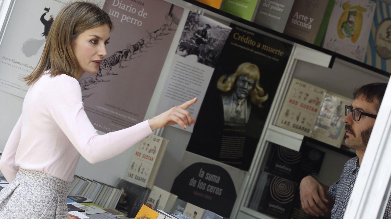 La reina Letizia, en la Feria del Libro de Madrid en 2016. (EFE)