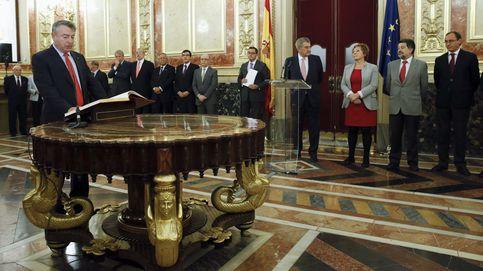 El presidente de RTVE ultima su adiós y otros 4 consejeros esperan el relevo