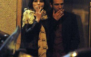 El apasionado encuentro de Beatriz Montañez y su novio, Gustavo Salmerón, en Madrid
