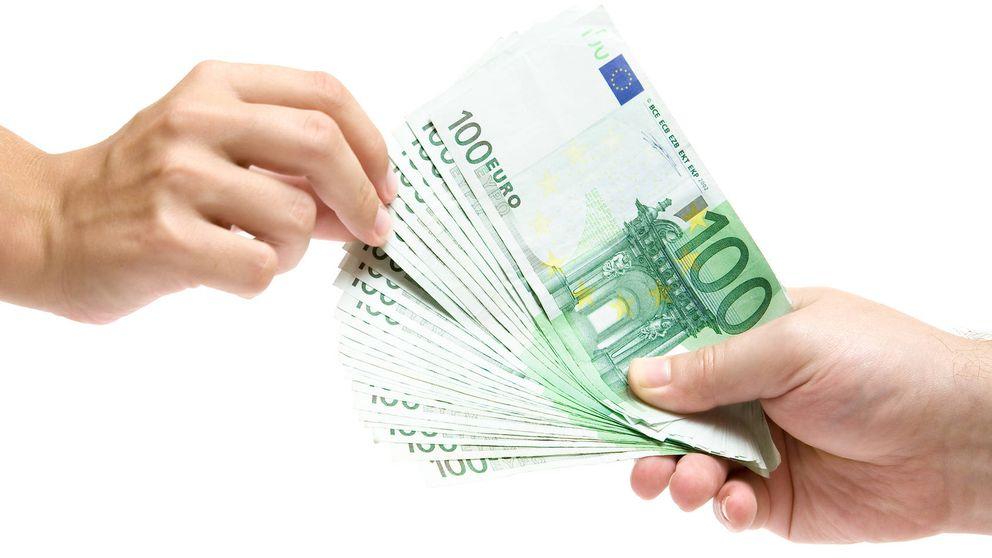 La hora más temida de la banca: toca decir a cada cliente cuánto le cobra por los fondos