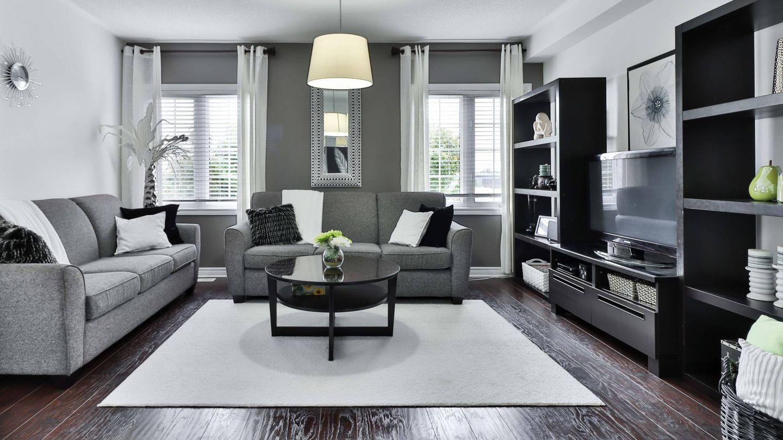 Cómo colocar los muebles del salón. (Sidekix Media para Unsplash)