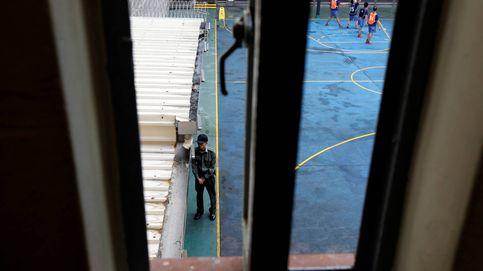 Dentro de una cárcel de Hong Kong