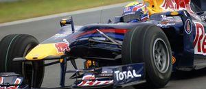 Red Bull presenta en Jerez su flamante RB6… y sufre una avería a las 50 vueltas