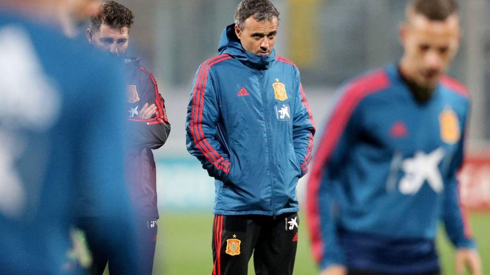 Foto: Luis Enrique durante un entrenamiento con la Selección española de fútbol. (Efe)