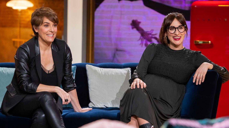 Anabel Alonso y Ana Morgade, durante la entrevista en 'La noche D'. (TVE)