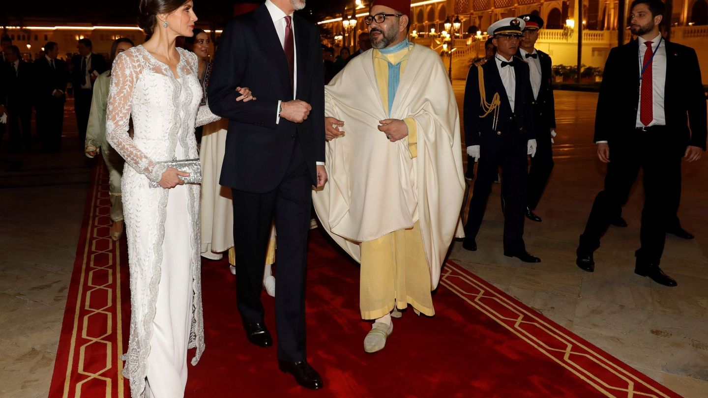 Los Reyes, con Mohamed VI, en Rabat. (EFE)