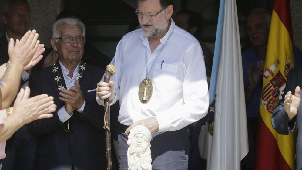 Foto: Rajoy, nombrado Caballero de la Real Orden Serenísima de la Alquitara. (Reuters)
