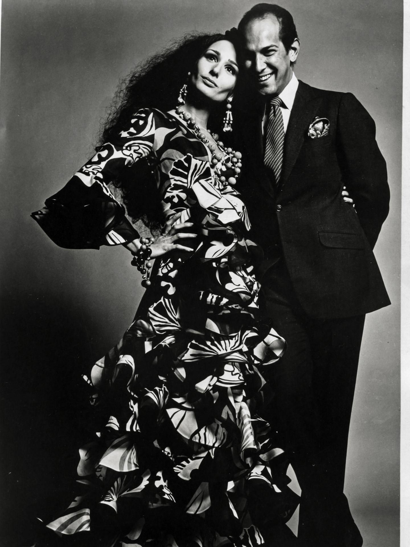 Naty y Oscar de la Renta, retratados por Alexius Ruspoli Rodríguez, Nueva York, 1968. (Archivos de Naty, por cortesía de ©Alexius Ruspoli Rodríguez)