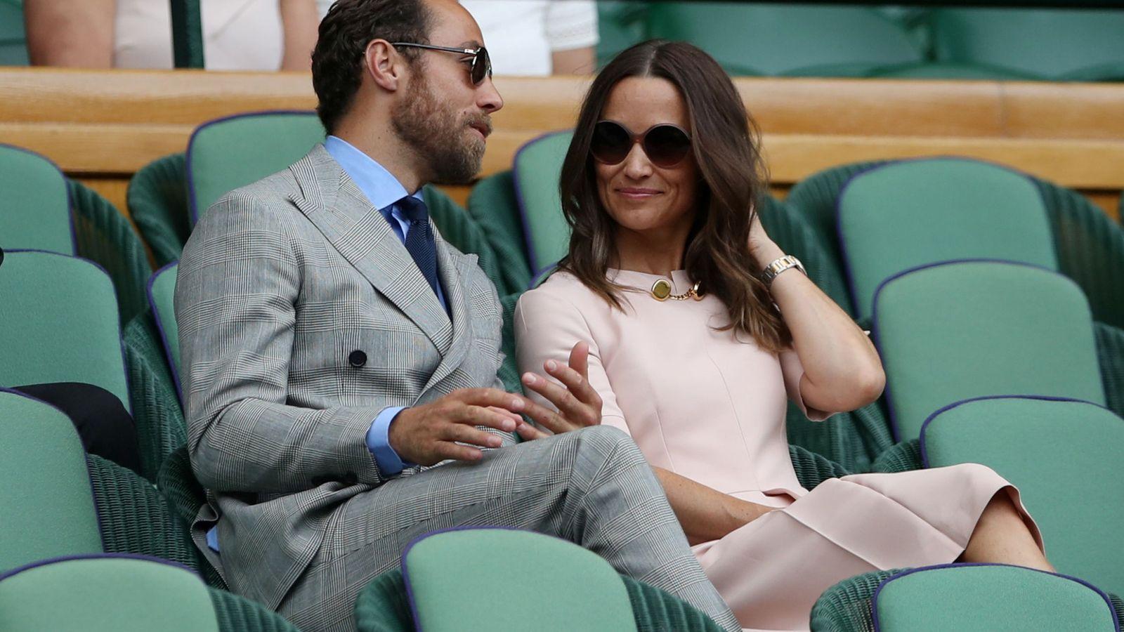 Foto: James y Pippa Middleton en Wimbledon. (Reuters)