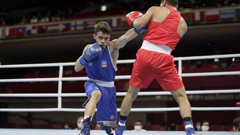 Escobar venció a Asenov y se clasificó para los cuartos de final. (Reuters)