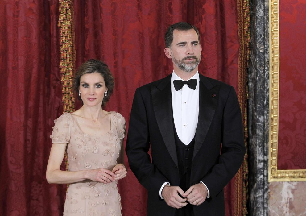 Foto: Los Príncipes de Asturias, Doña Letizia y Don Felipe de Borbón (EFE)