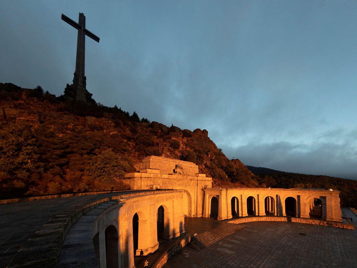 Foto: Vista del Valle de los Caídos, en San Lorenzo de El Escorial, en octubre de 2019 (Reuters)