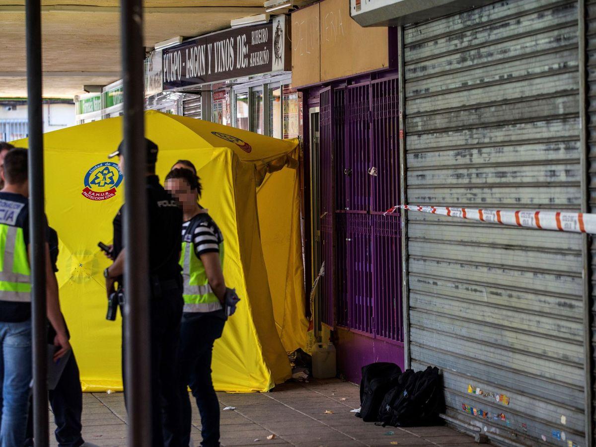Foto: Detenida la expareja de mujer asesinada apuñalada en una peluquería de Madrid. (EFE)