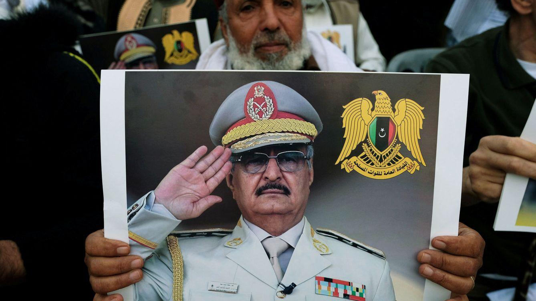 Haftar: la sombra del 'pequeño Gadafi' se hace grande en Libia