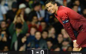 Portugal doblega a Argentina el día que Old Trafford aclamó a CR7