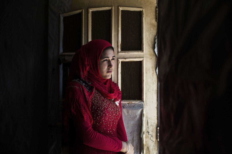 Foto: La joven Basma, que fue obligada a casarse, en el campamento de refugiados de Zahle. (Foto: Diego Ibarra)