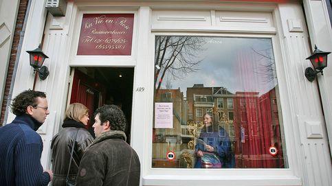"""Se acabó la fiesta en el Barrio Rojo: """"Ir a ver a las prostitutas no es de este siglo"""""""