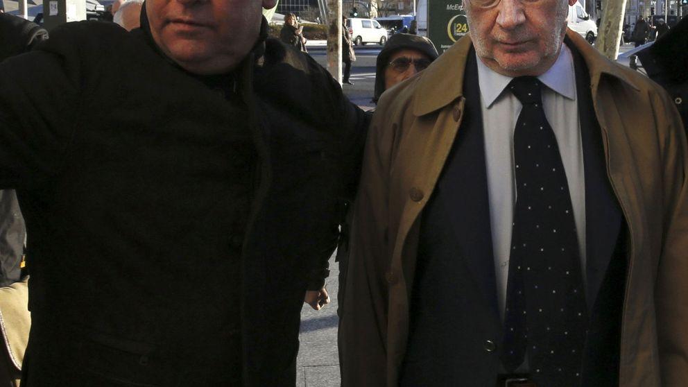 Rato evita medidas cautelares tras siete horas de declaración ante el juez