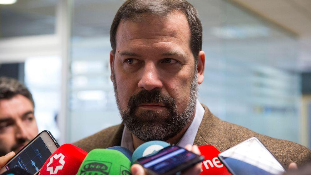 Foto: Alfonso Reyes está sufriendo día a día por culpa del coronavirus. (EFE)