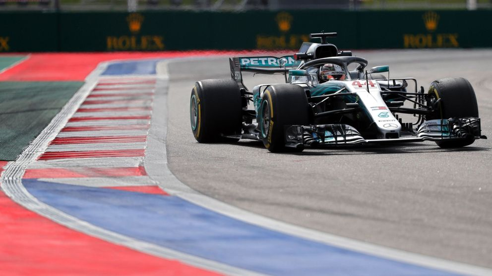 Golpe de realidad de Mercedes a Ferrari en los Libres 2 con Hamilton líder