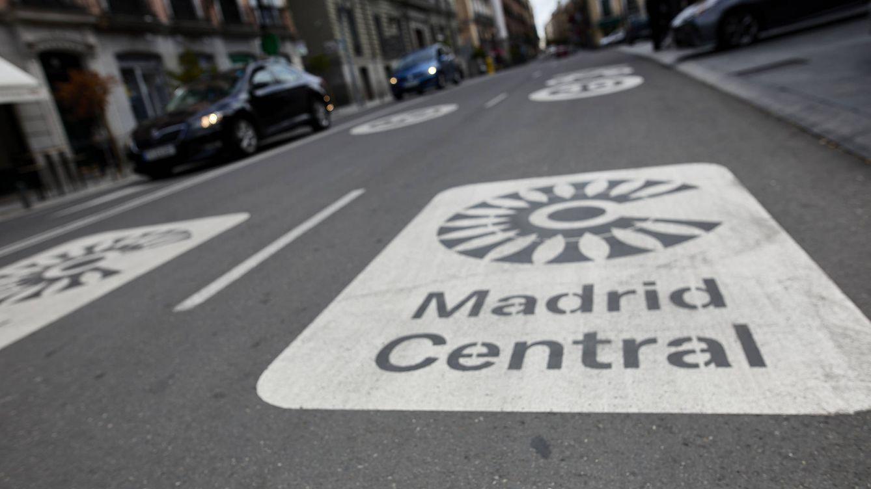 La batalla judicial del carmenismo amaga con arruinar el Madrid Central de Almeida